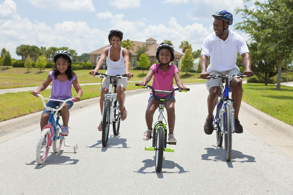 7 Ways to Encourage Exercise That's Fun For The Whole Family