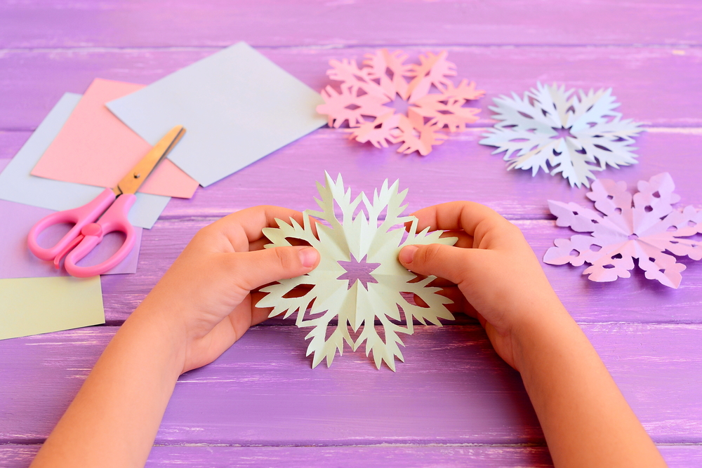 4 Fun DIY Winter Crafts for Preschoolers , Activities for Preschoolers, The Wooodlands Treehouse